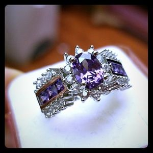 Jewelry - 925 Sterling Silver Amethyst Ring, Size 6